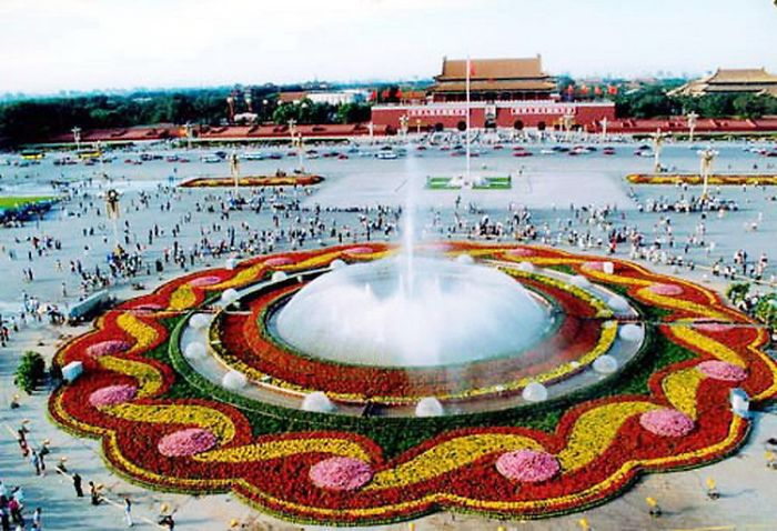 2000天安门广场国庆花坛