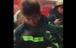 最美仙气妆:消防员灭完火走出火场 头顶冒烟