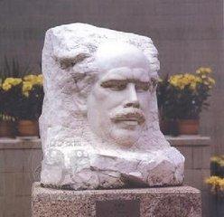 诺尔曼·白求恩雕像