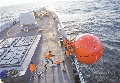 """访""""海洋卫士-2020""""中巴海上联演中方舰艇编队指挥员"""