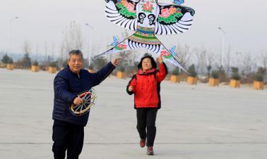 Kite enthusiast hopes to pass down skills