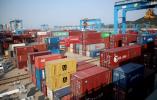 """装货卸货全程无人!青岛港自动化码头为世界港口升级提供""""中国样本"""""""