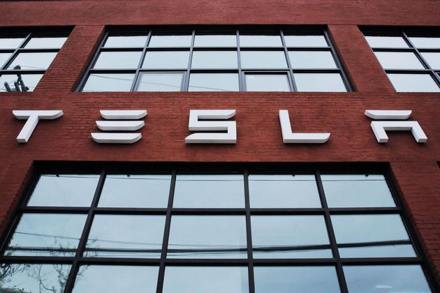 路透:特斯拉中国下调Model S、Model X价格