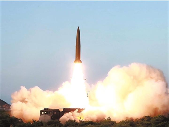 """韩国军方称朝鲜发射两枚""""不明发射体"""""""
