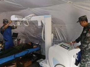 """""""和平列车""""中老卫生防疫人员展开全面防控训练"""