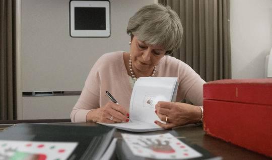 """英国首相太难了!辞职后的梅姨居然又要""""背锅""""?"""