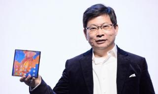 华为发布全新5G折叠屏手机HUAWEI Mate Xs 售价2499欧元